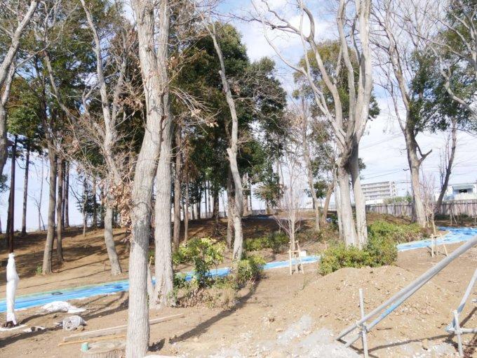 鶴間公園エントランス付近