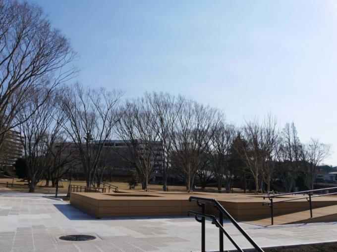 南町田鶴間公園桜テラス