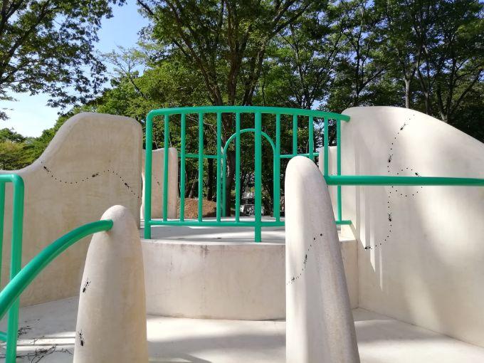 鶴間公園の幼児広場「星のあそびば」の蟻塚