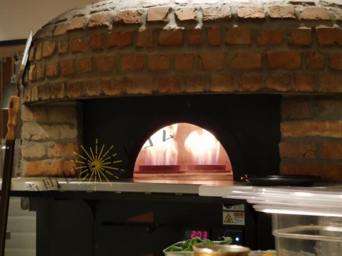 南町田グランベリーパークのファーマーズキッチンのピザ窯