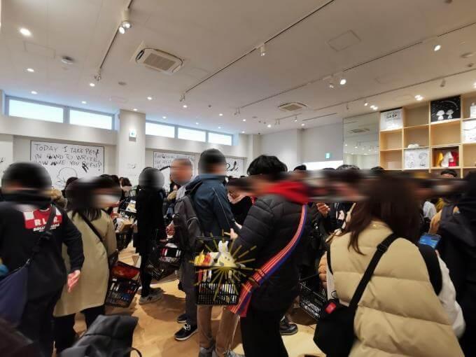 南町田のスヌーピーミュージアムの混雑と滞在時間レポ:ストア内の混雑