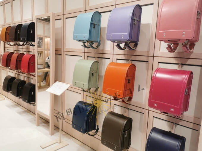 土屋鞄童具店・南町田で展示されているランドセル
